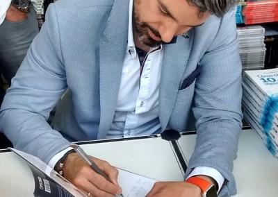 Firma de libros Raul Ruiz de la Parte 6